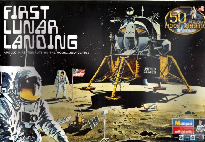 Revell Apollo 11 Astronaut on The Moon Spacecraft Model Kit